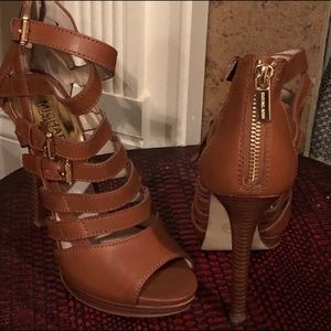 Micheal Kors strappy heels